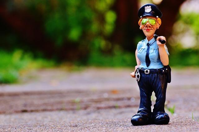Politieagent spelen of de kinderen alles zelf laten bepalen?